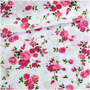 Ružové ruže na bielom