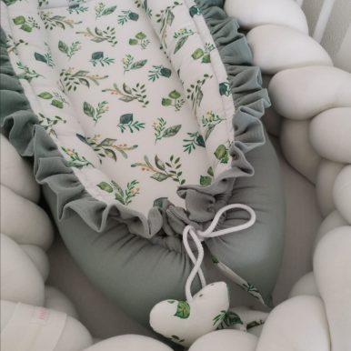 Mušelínové hniezdo s volánom
