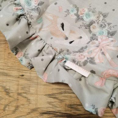 Návlek na mini matrac OVAL s volánom – srnky na sivom – SKLADOM