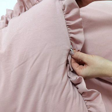 Set bavlnených obliečok – vankúš 65×45 cm a paplón s volánmi 100×135 cm